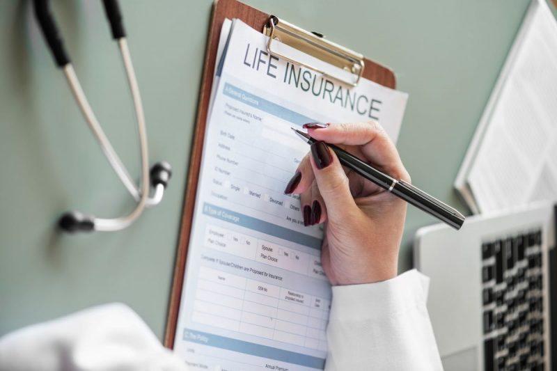 Diskussion um Verkauf von Lebensversicherungen